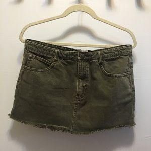 NWOT FREE PEOPLE CUTE TO BOOT MINI SKIRT